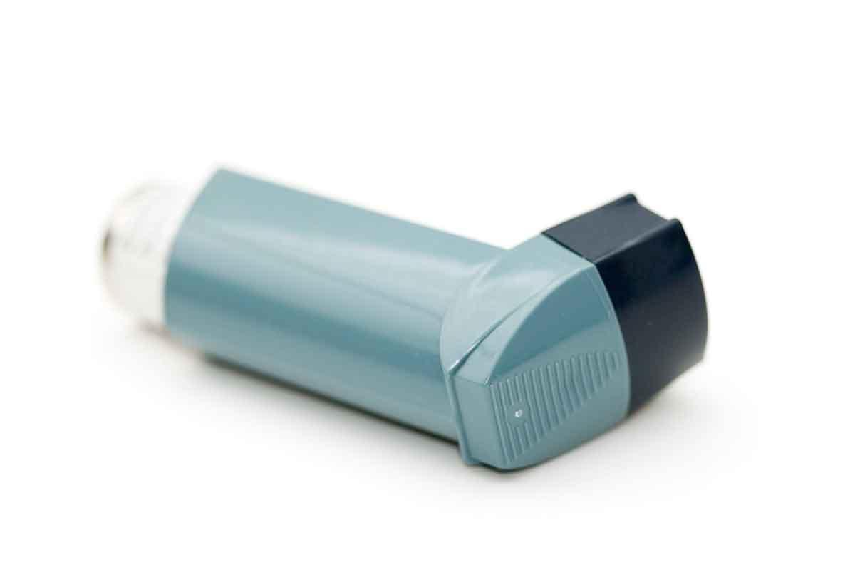 ¿La Graviola cura el asma?